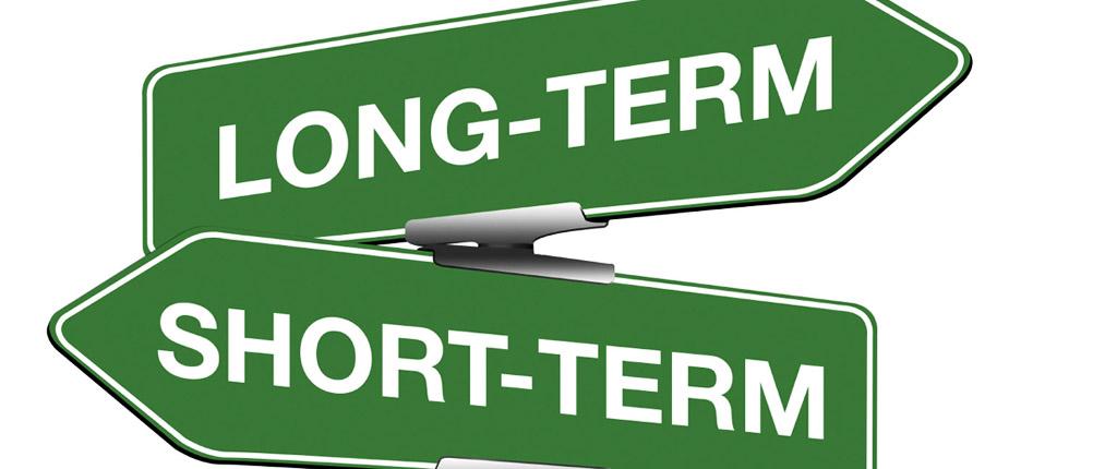 Langsung Investasi Jangka Panjang atau Pilih Untuk Liburan Tahun Depan?